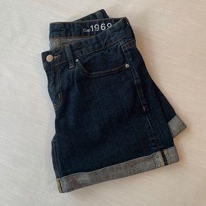GAP 1969 Real Straight Cuffed Denim Shorts, 27
